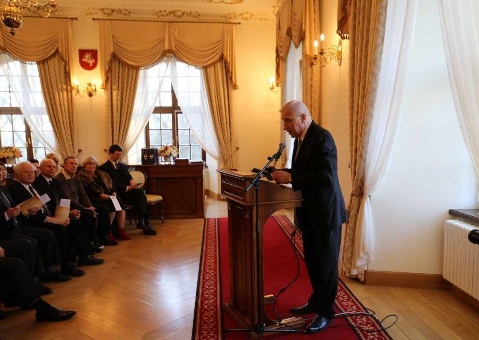 Raudondvaryje prisimintas Trijų lietuvių memorandumas