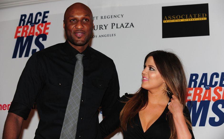 Kas kaltas dėl K. Kardashian ir krepšininko L. Odomo santuokos griūties?