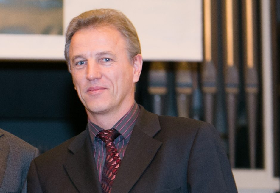 Santaros klinikų vadovas K. Strupas nuo pareigų nušalintas dar pusmečiui