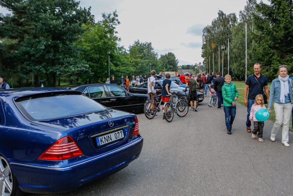Klaipėdiečiai uždarė automobilių ir motociklų vasaros sezoną