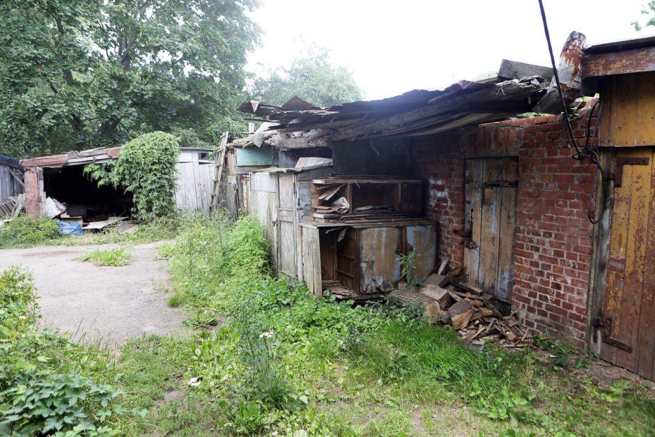 Už griuveną iš savivaldybės - beveik milijonas litų