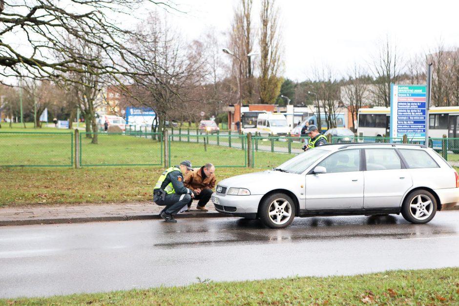 Klaipėdoje perėjoje antradienio rytą automobilis kliudė nėščią moterį (atnaujinta)
