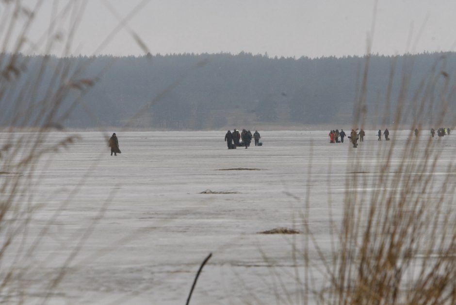 Ant ledo –žvejų gelbėjimo operacija