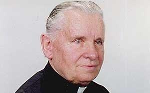 Mirė Klaipėdai nusipelnęs kunigas J. Gedvila