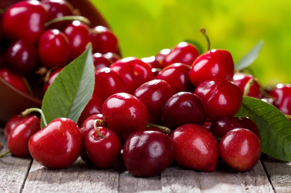 Vertingiausi vaisiai ir uogos