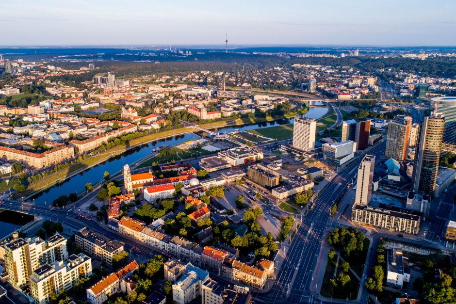 Vilniuje atidaroma Suomijos aikštė ir S. Gedos skveras