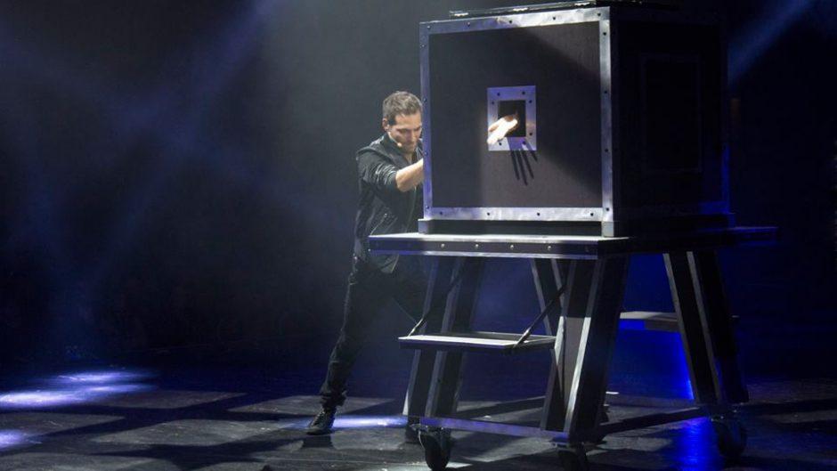 """Į Vilnių pirmą kartą atvyksta pelningiausias magijos šou """"The Illusionists"""""""