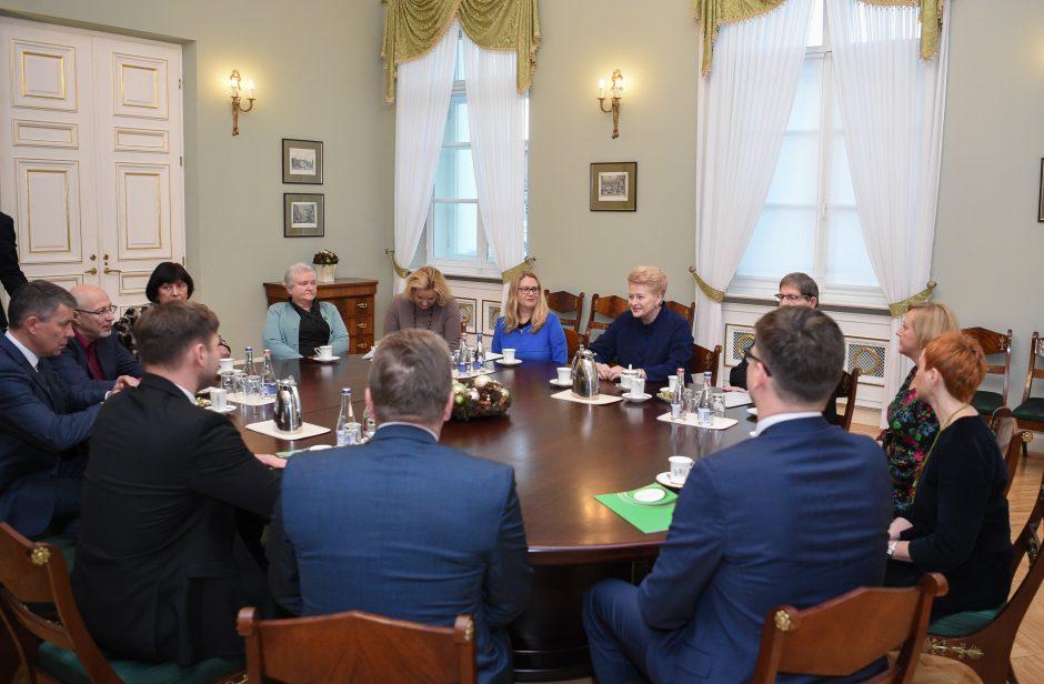 Prezidentūroje – pasitarimas dėl mokytojų streiko