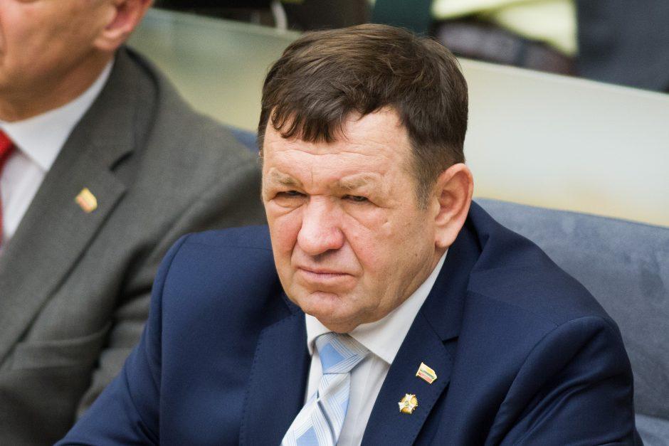 Seimas vienbalsiai pradėjo apkaltos procesą K. Pūkui