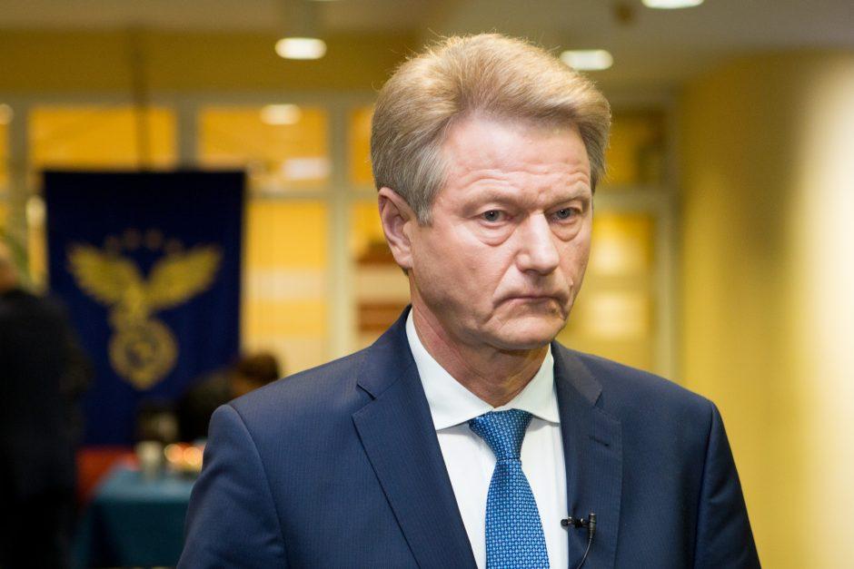"""R. Pakso ir G. Vainausko byloje – """"Norfą"""" stačiusios įmonės vadovo apklausa"""