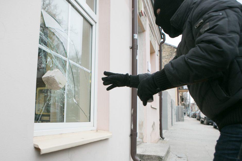 Sulaikyti asmenys, įtariami vagystėmis iš gyvenamųjų namų
