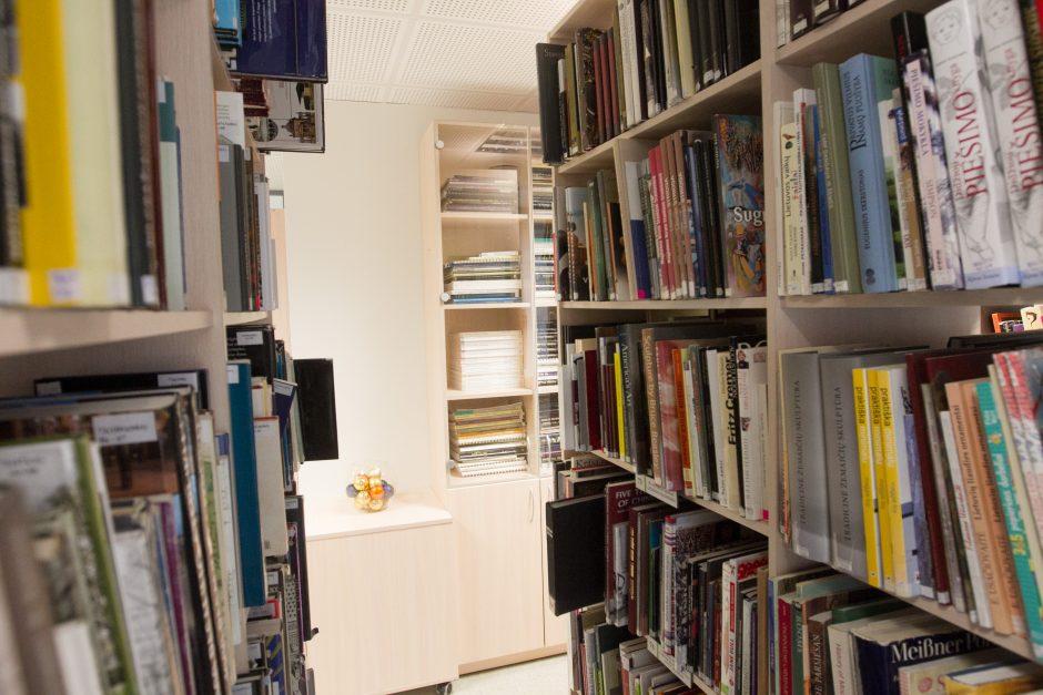Bibliotekų lankytojams siūlys elektronikos atliekas mainyti į knygas