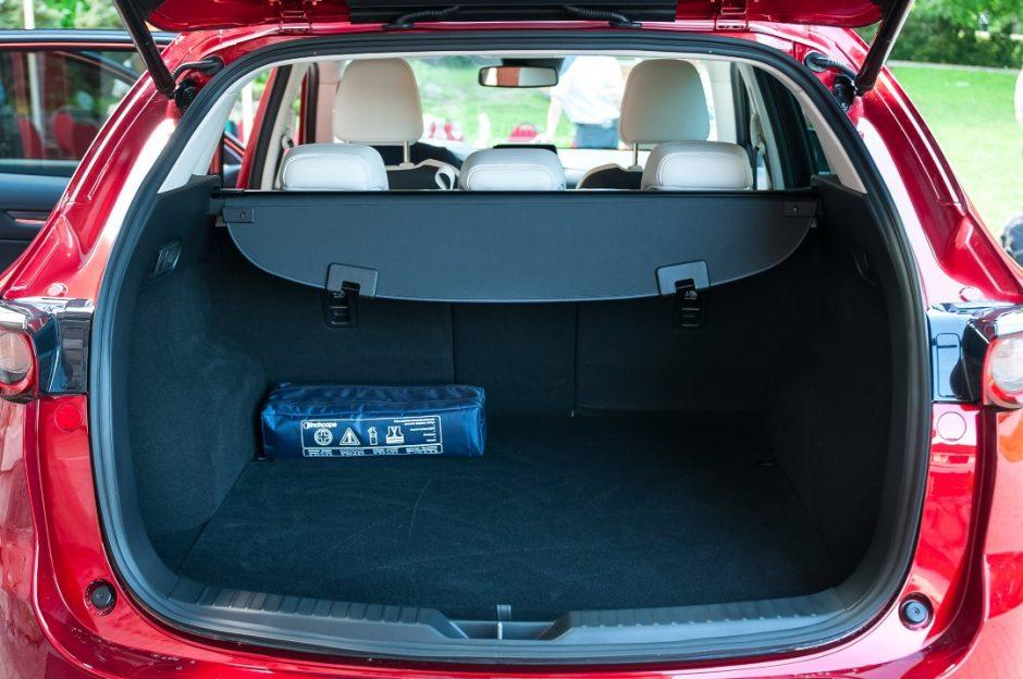 """""""Mazda CX-5"""" – vienas saugiausių šeimos visureigių Europoje"""