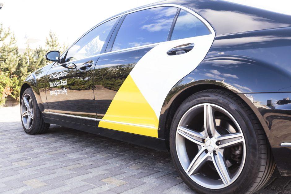"""""""Yandex. Taxi"""" įspėta nutraukti arba pakeisti savo reklamą"""