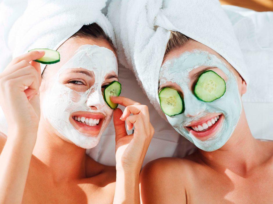 Pasirūpinkite saulės nugairinta oda (kaukių receptai)