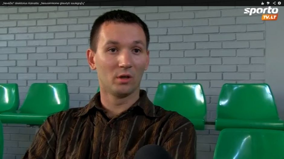 """""""Nevėžio"""" direktorius K. Kalvaitis: nesusirinkome gliaudyti saulėgrąžų"""