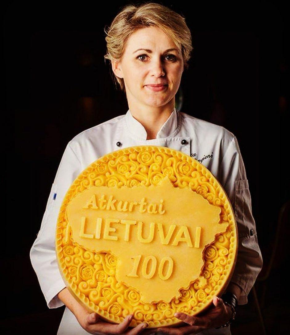 Kulinarinių drožinių meistrė: dažnai su bulve rankoje prasėdėdavau po 12 valandų