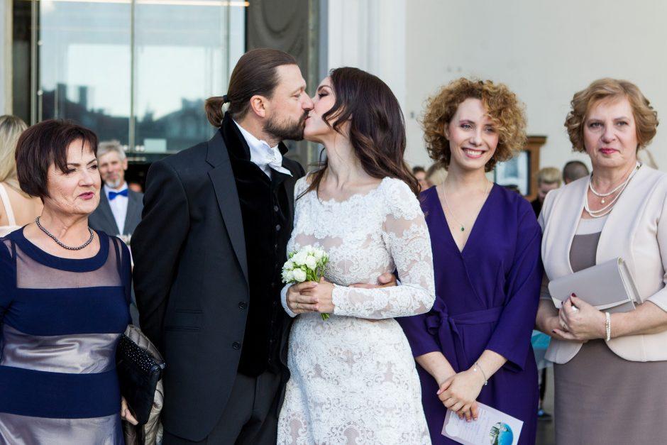 Susituokė aktorė V. Bičkutė