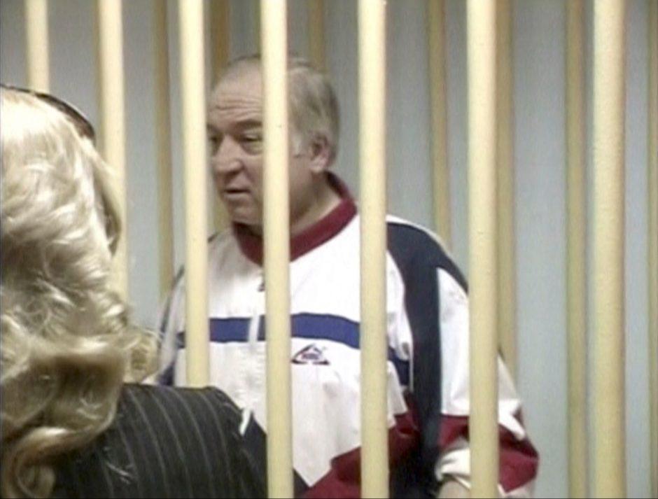 Th. May: Rusija iki antradienio turi paaiškinti rusų šnipo apnuodijimo atvejį