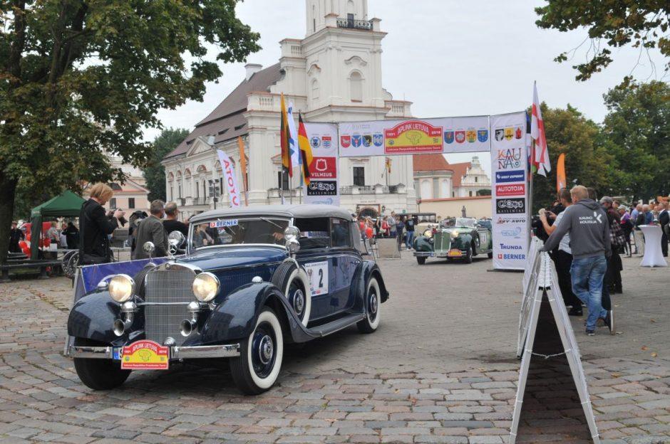 """Ralis """"Aplink Lietuvą – 2018"""" prasidėjo sklandžiai: laukia 1090 km kelionė"""