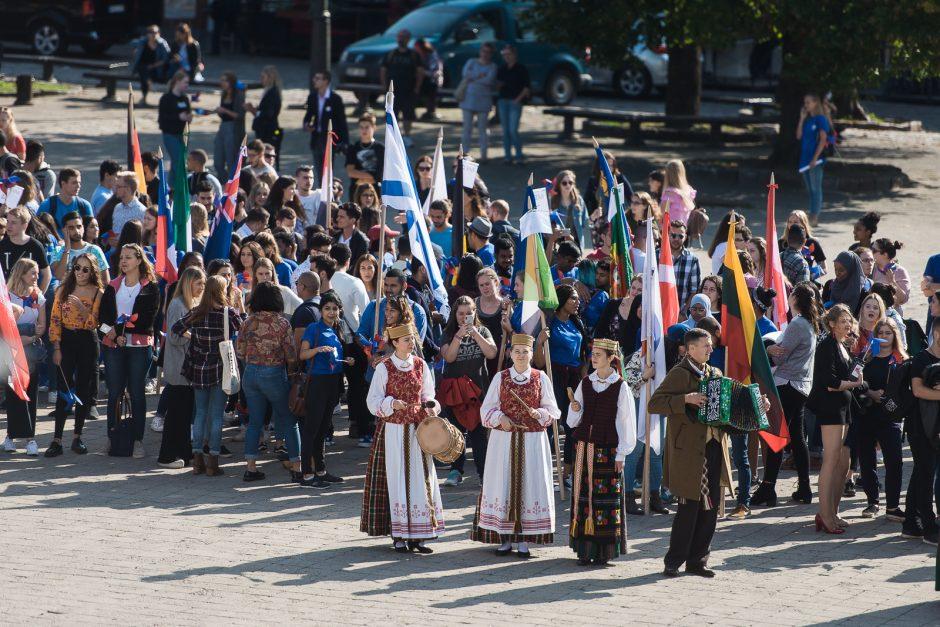 Studijas LSMU pradeda geriausiais rezultatais mokyklas baigę Lietuvos abiturientai