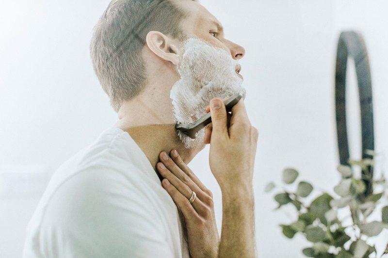 Vyrų sveikata ir higiena dažniausiai rūpinasi jų antrosios pusės