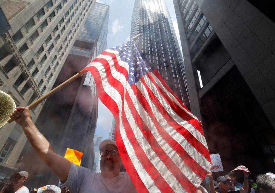 JAV gamybos perspektyvas temdo prekybos karas