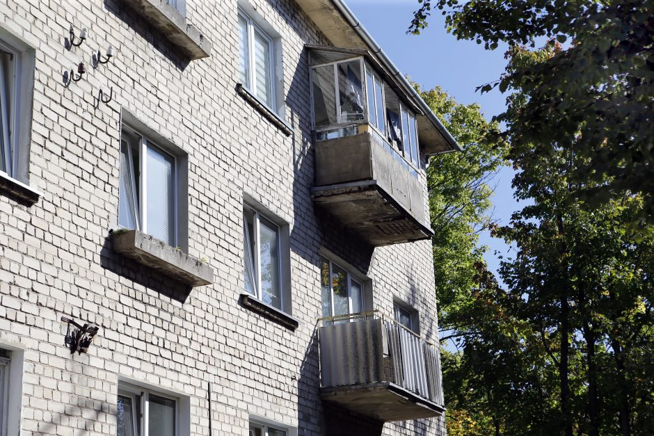 Klaipėdoje griūvantys balkonai – tiksinti bomba