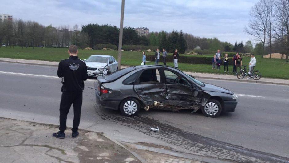 S. Žukausko gatvėje susidūrė trys automobiliai