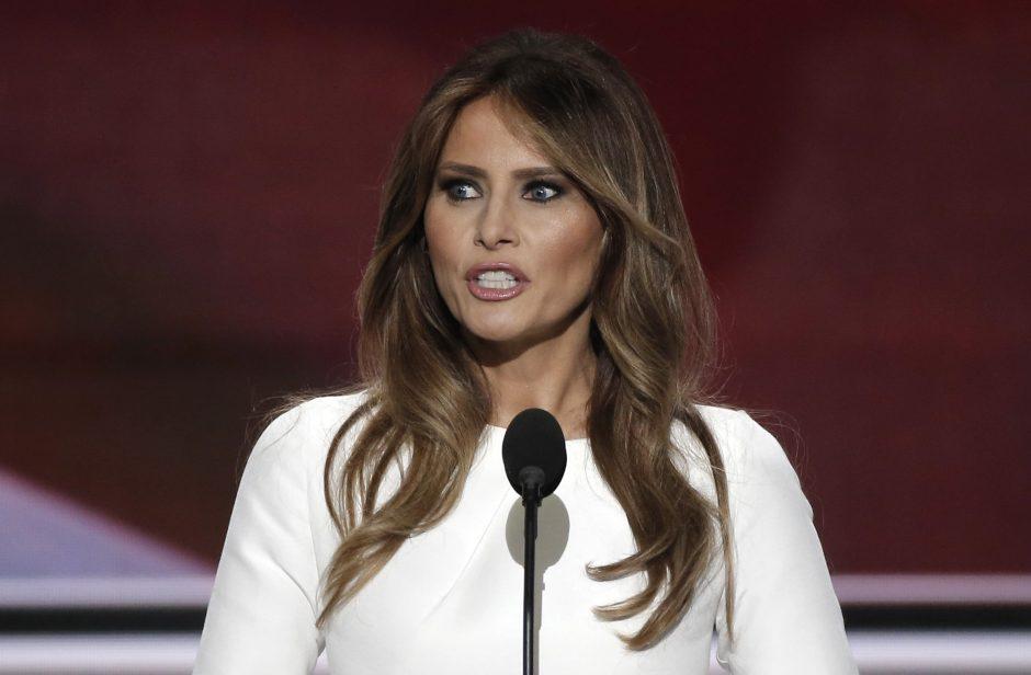 "M. Trump grasina kelti bylą ""People"" žurnalui"