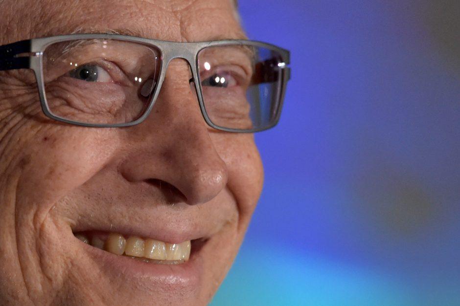 B. Gatesas – vėl turtingiausias, D. Trumpas nusirito žemyn