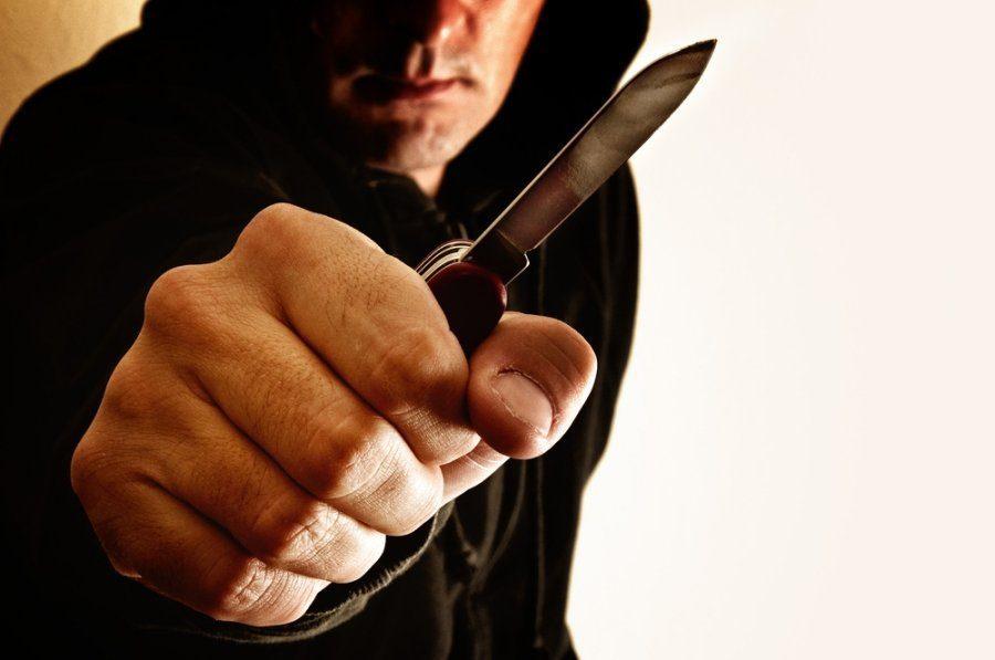Mažeikiuose peiliu sužaloto vyro medikams išgelbėti nepavyko