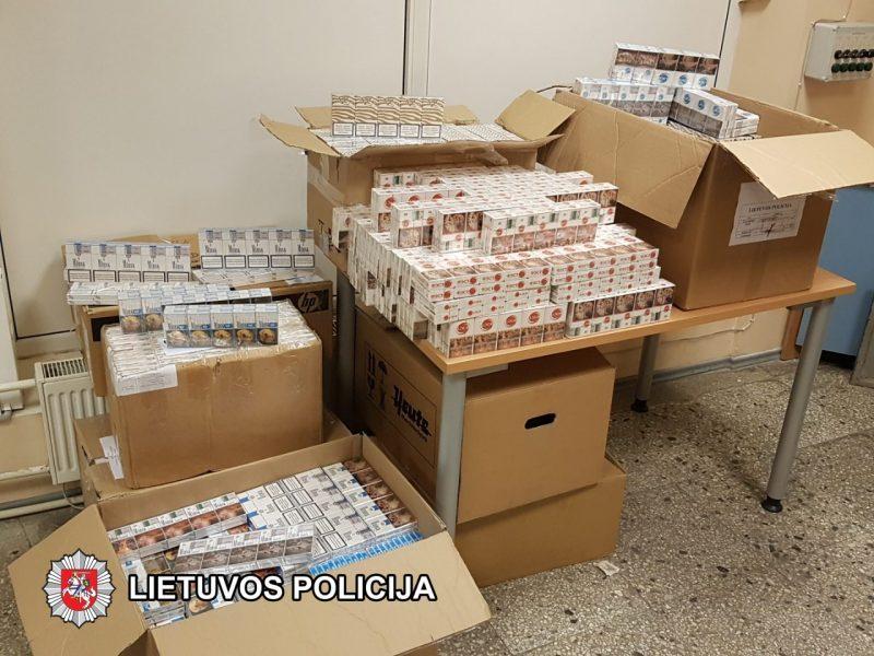 Pernai į pasieniečių rankas pateko 0,5 mln. pakelių nelegalių rūkalų daugiau