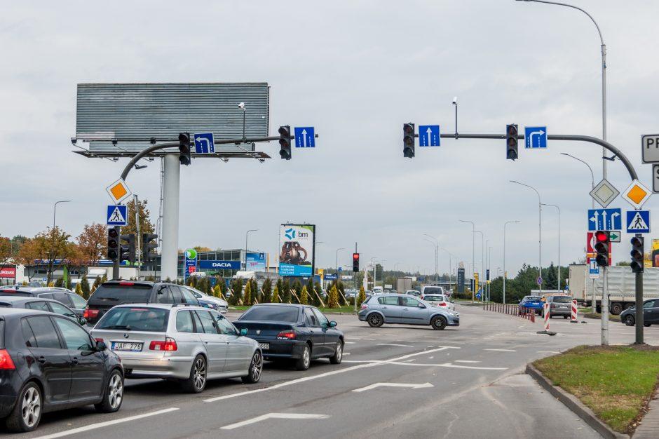Dėmesio: judrioje Kauno sankryžoje keičiasi eismo tvarka