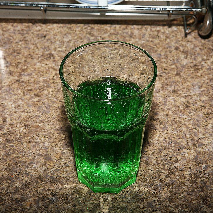 Laikinai sustabdyta prekyba gaiviuoju gėrimu