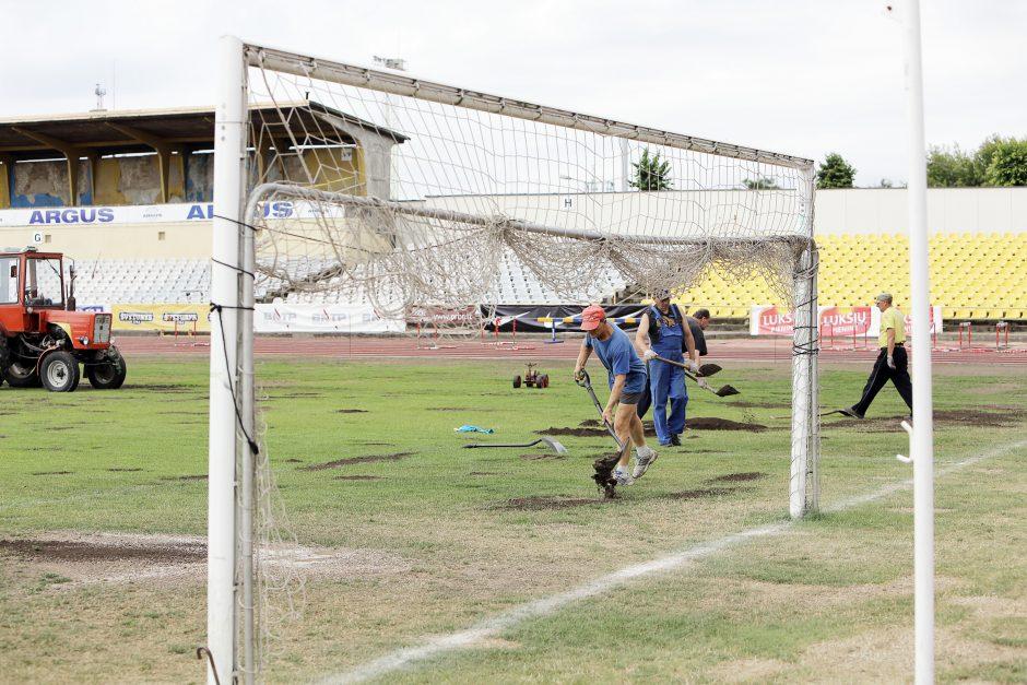 Futbolo stadione – tos pačios bėdos, kaip ir prieš dešimt metų
