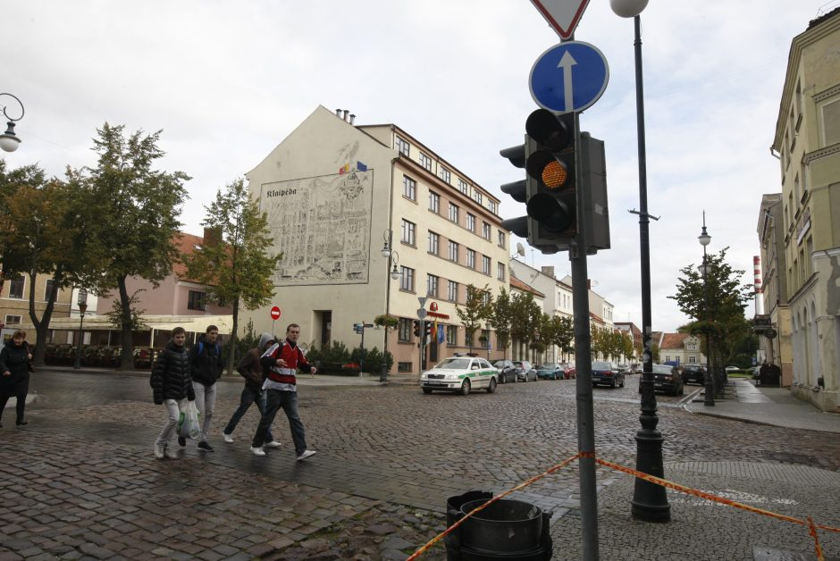 Policija: šviesoforo išjungimas Tiltų ir Turgaus gatvių sankryžoje pasiteisino