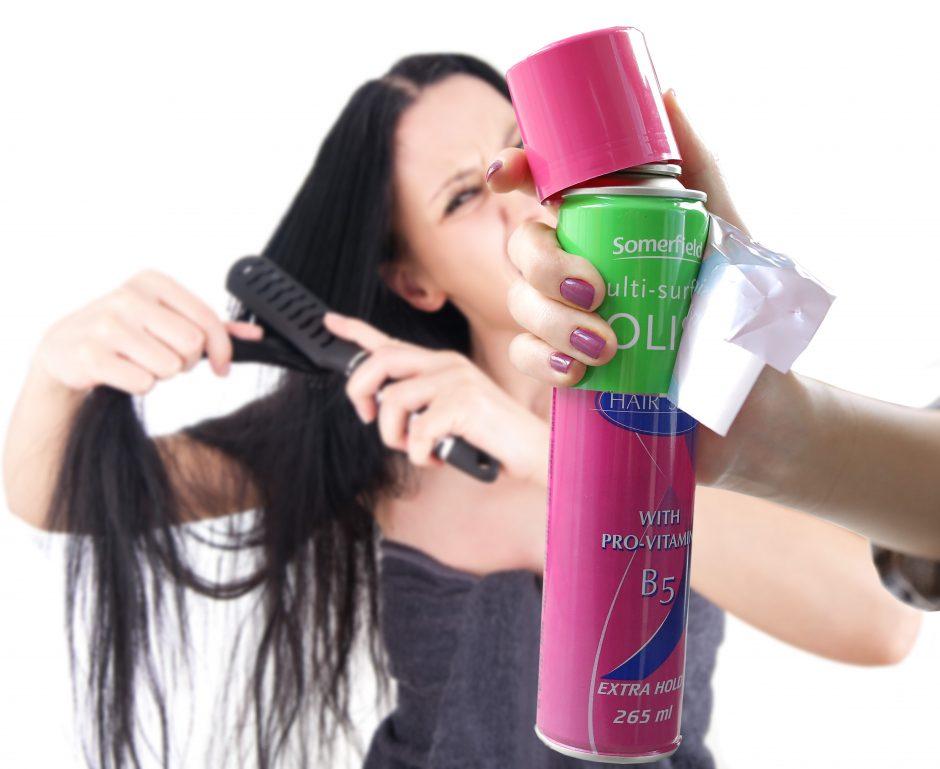 Iš parduotuvės – aiškintis, ką nusipirko: plaukų laką ar baldų poliruoklį