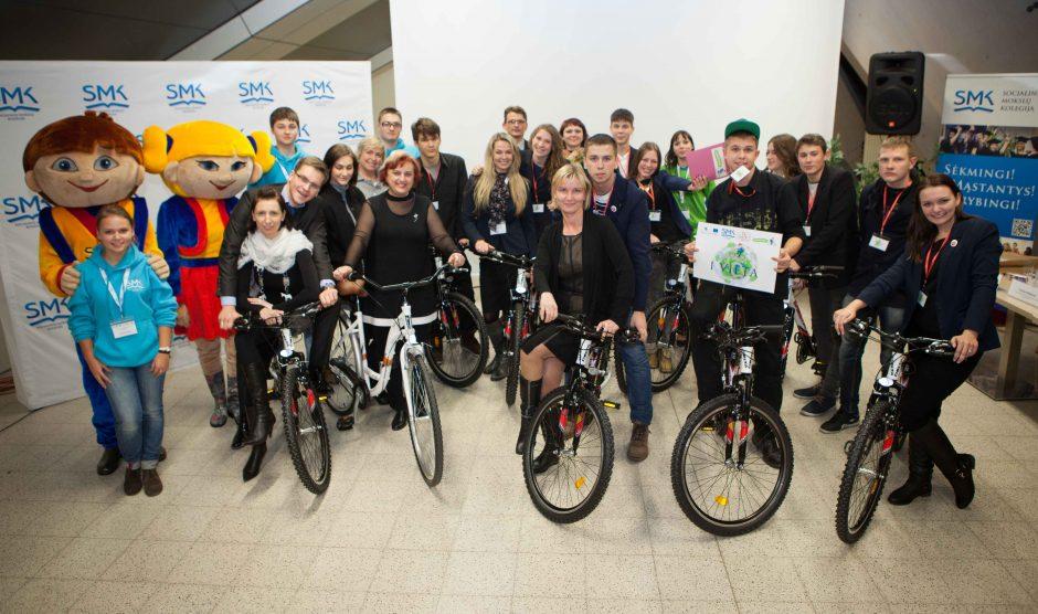Dovana Klaipėdos Baltijos gimnazijos komandai – 10 dviračių