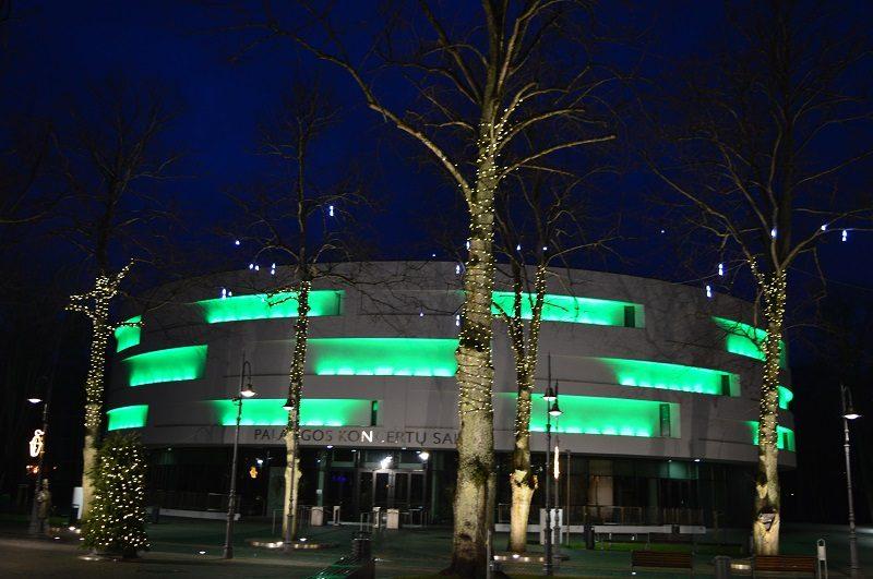 Palangos koncertų salė nebesutalpina norinčiųjų pasimėgauti šventinėmis melodijomis