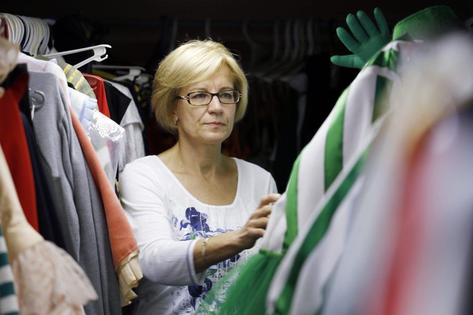 Trisdešimt teatro metų: aprengėja P. Arlauskienė