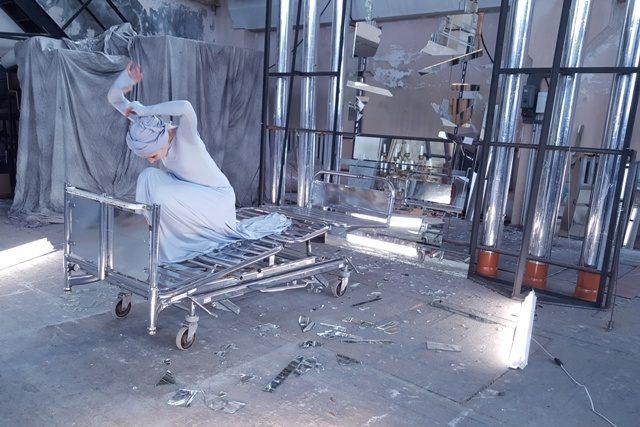 """Šiuolaikinė """"Žizel"""": meilės ir niekšybės istoriją įkurdins fabrike"""