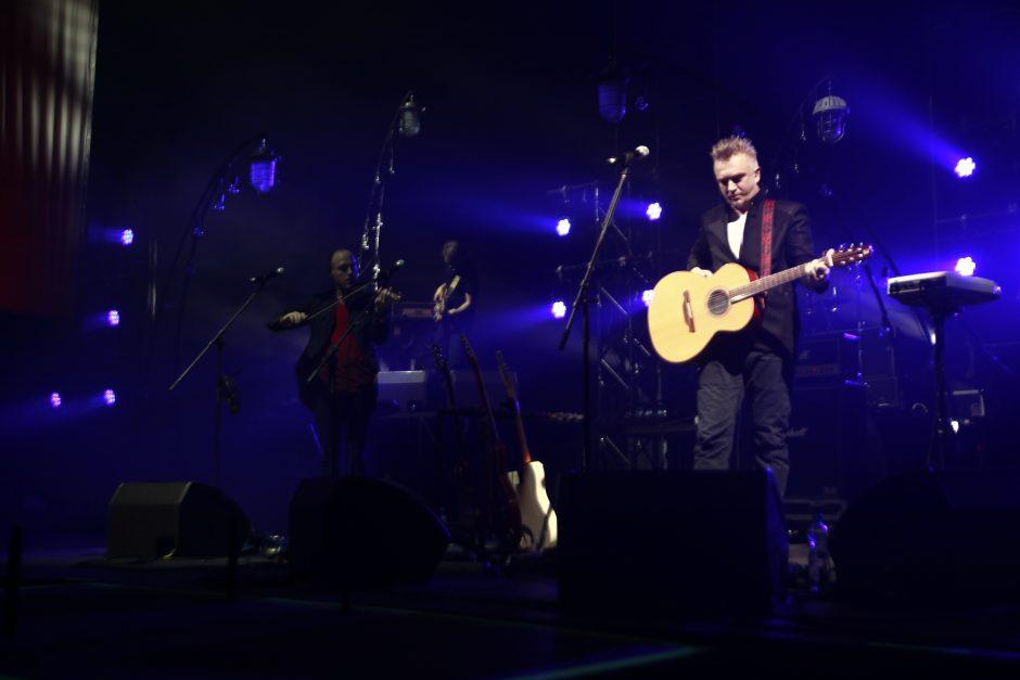 """Kelionė laiku A. Mamontovo ir """"Foje"""" koncerte"""