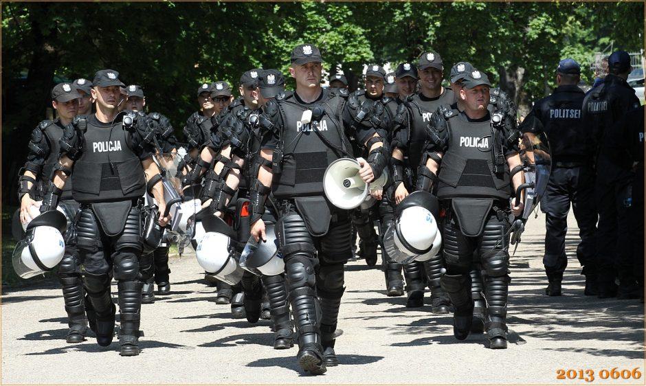 Policija: tramdydami lenkų futbolo sirgalius bendradarbiausime su daug institucijų
