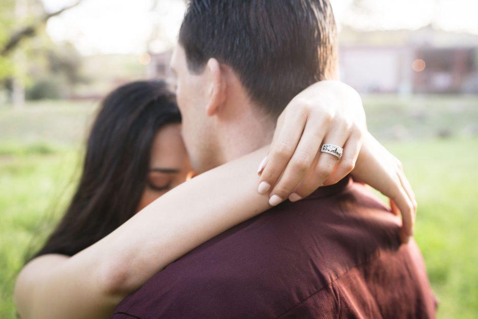Poros santykiai – moters rankose