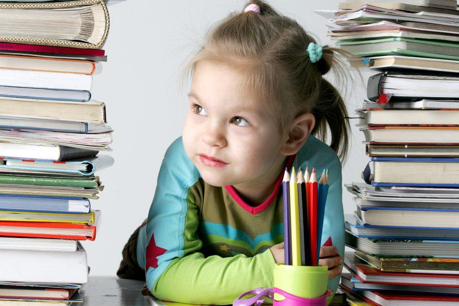 Juodosios pedagogikos labirinte: į kovą su namų darbais