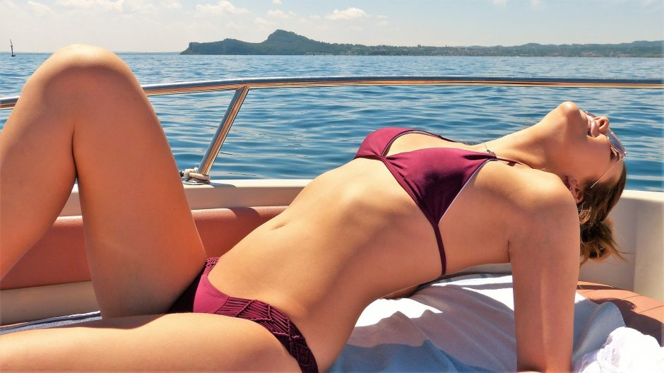 Gydytojos patarimai, kaip saugoti odą vasarą