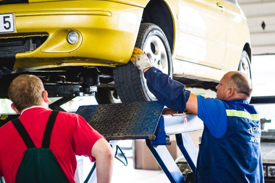 Ar jūsų automobilis iš karto įveiktų bauginantį barjerą?