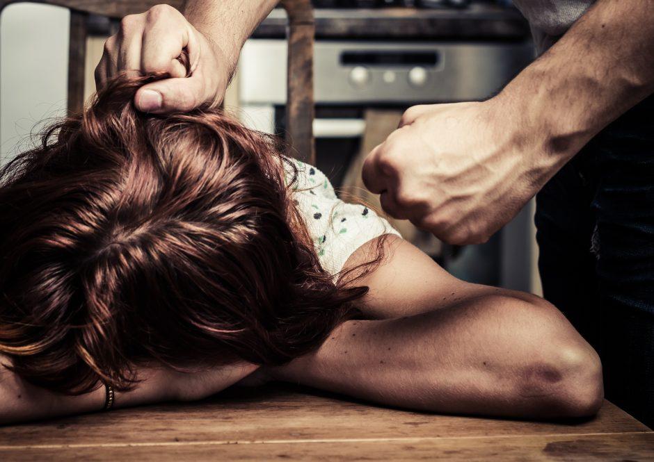 Savaitgalio naktį pajūryje – smurto protrūkis