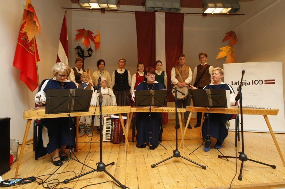 Klaipėdiečiai paminėjo Latvijos nepriklausomybės dieną